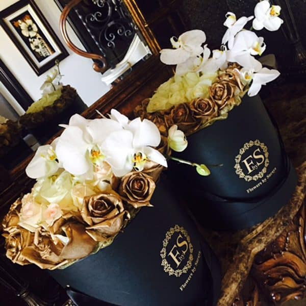 black and gold roses
